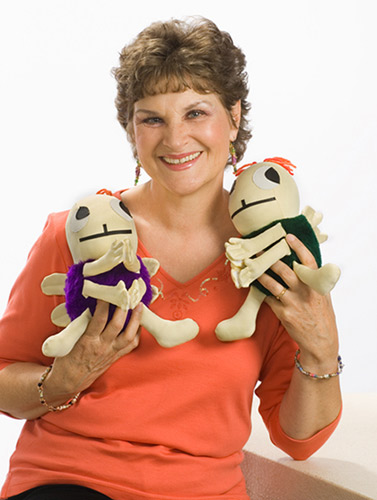 Charlotte Diamond with Springtime and Forest plush Hug Bugs.